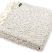 beehive-wool-throw