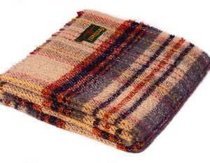 recycled-wool-throw
